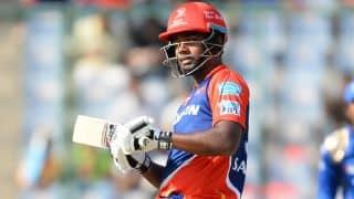 IPL 2017:Sanju Samson acrobatically saves 4 runs for Delhi Daredevils: Watch Video