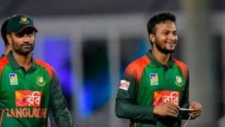 Bangladesh cricketers cannot sign contracts with competitors of national sponsors