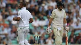 SA restrict ENG to 149 for 4 at tea on Day 1 of 3rd Men's Test