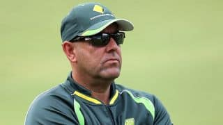 Darren Lehmann: David Warner has 15 days to heal his injury