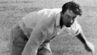 Fred Trueman becomes first to 100 wickets in 1960: the entire drama