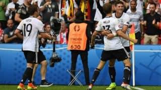 Euro 2016: World Champions Germany edge past Northern Ireland thanks to Mario Gomez's goal