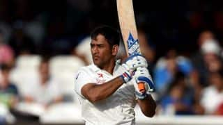 MS Dhoni dismissed for 19