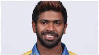 श्रीलंका के विकेटकीपर निरोशन डिकवेला ने की ऐसी 'हरकत'...कि लग गया जुर्माना!