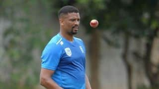 Time for South Africa's bowlers to give back: Vernon Philander