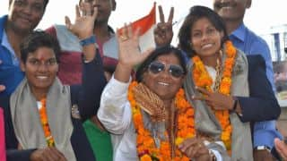 Deepti Sharma, Poonam Yadav welcomed in Agra