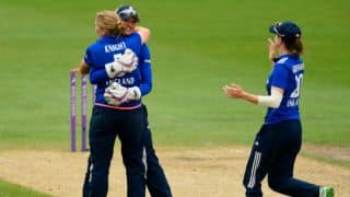 England Women beat West Indies by 1 wicket in Group B at Dharamsala to reach semi-finals of Women's T20 World Cup 2016