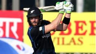 Martin Guptill dismissed for duck by Umesh Yadav in 5th ODI vs India