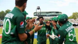 Shoaib Malik announces retirement from ODI cricket