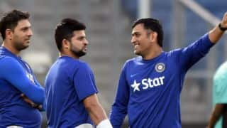 ICC T20 World Cup 2016: Suresh Raina, Shoaib Malik hug each other during practice session at Eden Gardens