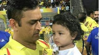 Video: आईपीएल जीतने के बाद जीवा के साथ इस अंदाज में नजर आए धोनी