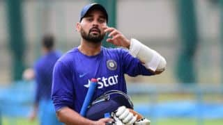 Murali Vijay eager to get back his form after thumb injury