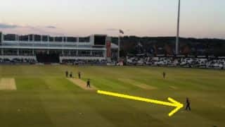 The day Worcestershire did away with the wicketkeeper