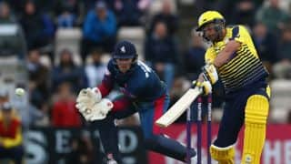 PSL 2017: Afridi guides Peshawar home in dramatic chase against Quetta
