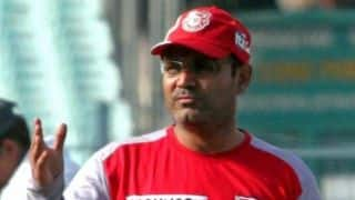 Sehwag offends PSU bankers with 'lunch break' jibe