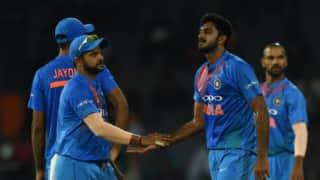 मैच की आखिरी गेंद पर मैने आंखें बंद कर ली, आंख खुली तो जान में जान आई: विजय शंकर