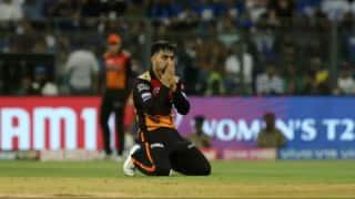 राशिद खान ने अपनी मां को समर्पित किया मैन ऑफ द मैच का खिताब