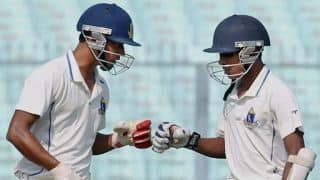 Ranji Trophy 2013-14 semi-finals: Bengal 233/7 at tea against Maharashtra; trail by 108