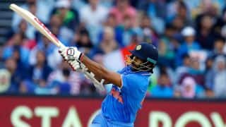 India off to strong start in 3rd T20I against Australia