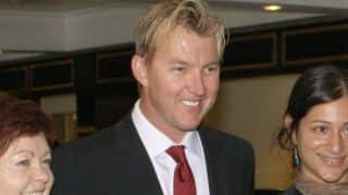 Brett Lee shares day out with fans in Mumbai