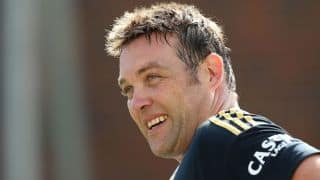 Jacques Kallis takes 'Six and Out' challenge during CPL 2015