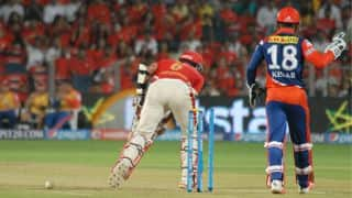 Wriddhiman Saha dismissed for 16 by Chris Morris against Rajasthan Royals in Match 18 of IPL 2015