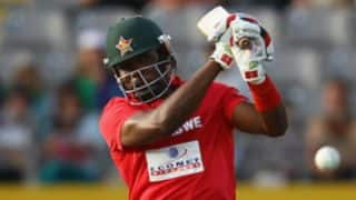 50 partnership for Hamilton Masakadza and Sikandar Raza