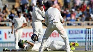 IND vs AUS, 3rd Test at Ranchi: Watch Saha entangle with Smith