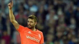 IPL 2019: चेन्नई ने इंग्लैंड के तेज गेंदबाज मार्क वुड को किया बाहर