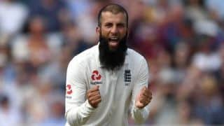 England Cricketers to Wear Names of Key COVID Workers on Training Shirts