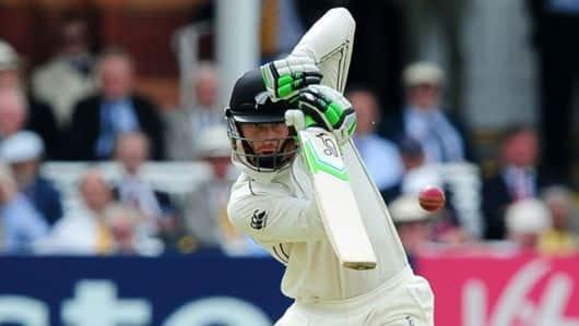 डुनेडिन टेस्ट में न्यूजीलैंड ने श्रीलंका को 122 रनों से हराया