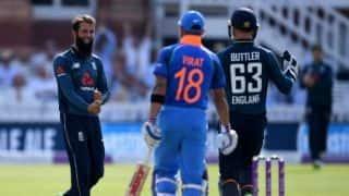 Liam Plunkett picks 4 wickets as England level ODI series against India