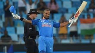 मोहाली वनडे : शिखर का शतक, ऑस्ट्रेलिया को 359 रनों का लक्ष्य