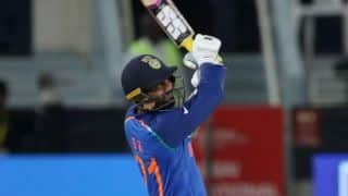Dinesh Karthik will play finisher's role as he is in World Cup mix: Simon Katich