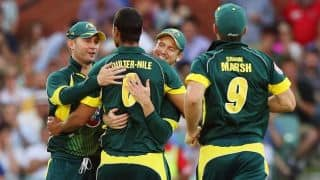 Australia emphasise stronghold over England