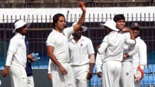 Ranji Trophy: Rahul completes ton; Fallah turns it on