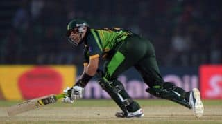 Akram believes struggling Misbah should quit