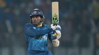 England vs Sri Lanka ICC World T20 2014: Dilshan, Jayawardene guide Sri Lanka; score 70/1
