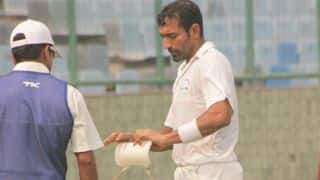 Ranji Trophy 2014-15: Karnataka reach 176/2 against Mumbai on Day 2