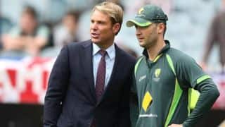 Clarke backs Warne's presence to lift Australia