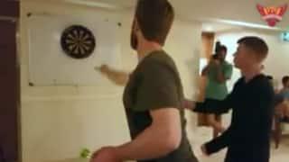 IPL 2017: Sunrisers Hyderabad's Kane Williamson, David Warner indulge in 'dart challenge'; hit bull's eye