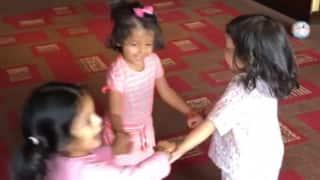 Video: साथ में खेलती नजर आईं महेंद्र सिंह धोनी, सुरेश रैना, हरभजन सिंह की बेटियां