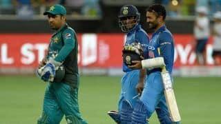 भारत-पाकिस्तान मैच का मजा किरकिरा कर सकती है बारिश