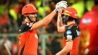 डिविलियर्स की धमाकेदार पारी, बैंगलुरू ने पंजाब को हरा पूरी की जीत की हैट्रिक