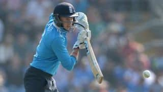 Root ton guides England to commanding 294