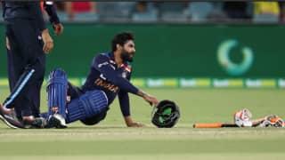 IND vs AUS: सीरीज से बाहर हुए चोटिल जडेजा; टी20 स्क्वाड का हिस्सा बने शार्दुल ठाकुर