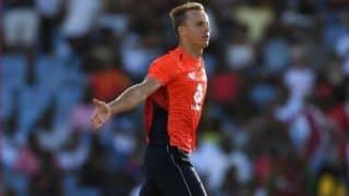 टी20: टॉम कर्रन के चार विकेट हॉल से इंग्लैंड ने विंडीज पर दर्ज की जीत