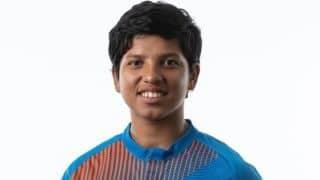 16 साल की भारतीय बल्लेबाज रिचा घोष ने कोरोना से लड़ाई के लिए एक लाख रूपये दान दिए