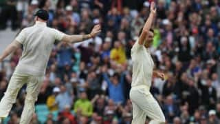 Roland-Jones, Anderson bury SA, reduce them to 126 for 8 by stumps on Day 2 of 3rd Men's Test