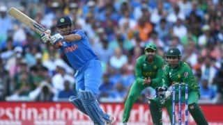 भारतीय टीम महेंद्र सिंह धोनी पर निर्भर नहीं रह सकती: कुंबले